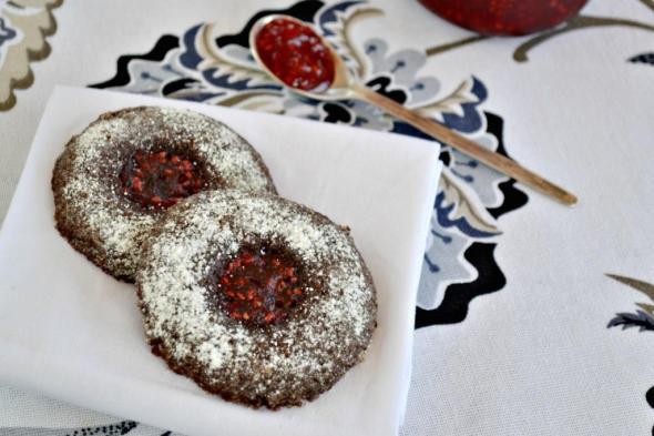 Galletas de Chocolate con Mermelada de Frambuesa